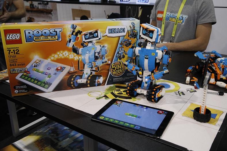 Lego's robot