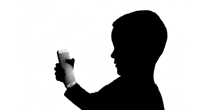Why is parental control important in mobile apps?